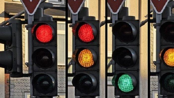 Akhirnya Terjawab, Inilah Alasan Lampu Lalu Lintas Pakai Warna Merah, Kuning, dan Hijau