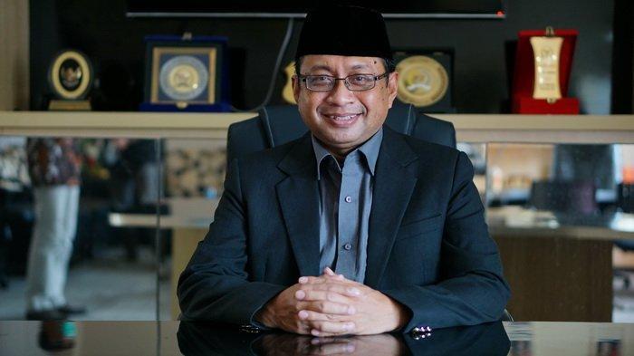 Rektor Uniba Dr Isradi Zainal Tawarkan Sinergy Pentahelix Dalam Menangani Covid-19