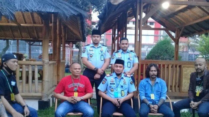Pernah Jadi Penghuni Rutan Kebonwaru Bandung, Willy dan Kang Pipit Preman Pensiun Kembali ke Rutan