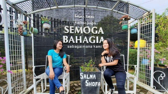 Wisata alam keluarga Shalma Shofa di Samarinda, Kalimantan Timur.