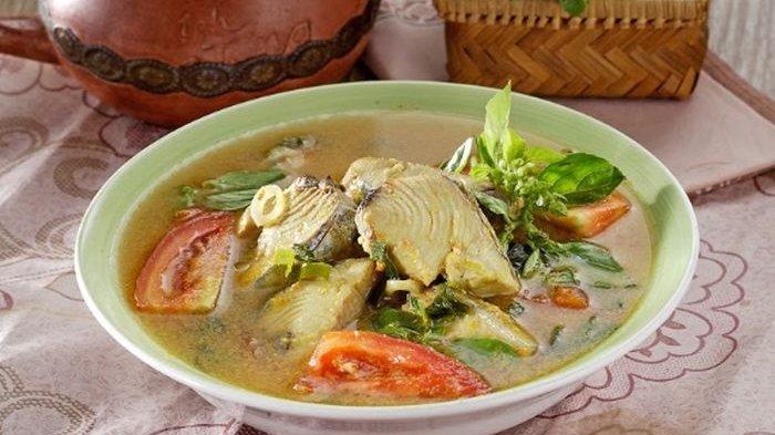 Resep Ikan Woku, Menu Makan Siang ala Restoran dengan Aroma Kemangi Super Nikmat
