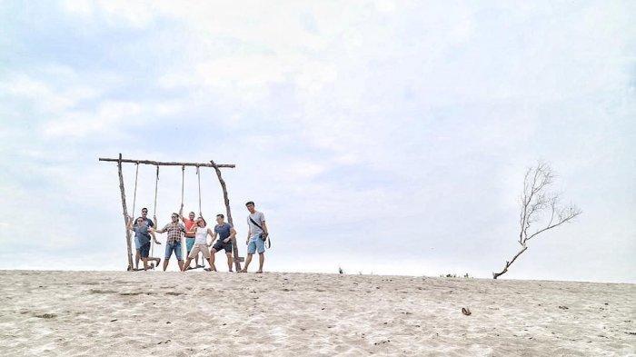 Ada Gumuk Pasir Parangkusumo, 6 Tempat Wisata di Jogja yang Punya Spot Foto Unik dan Instagramable