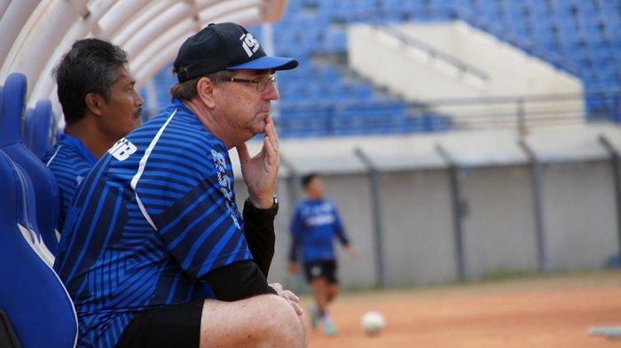 Yang Diwaspadai Robert Rene Alberts Jelang Persib Bandung vs PSIS Semarang di Si Jalak Harupat