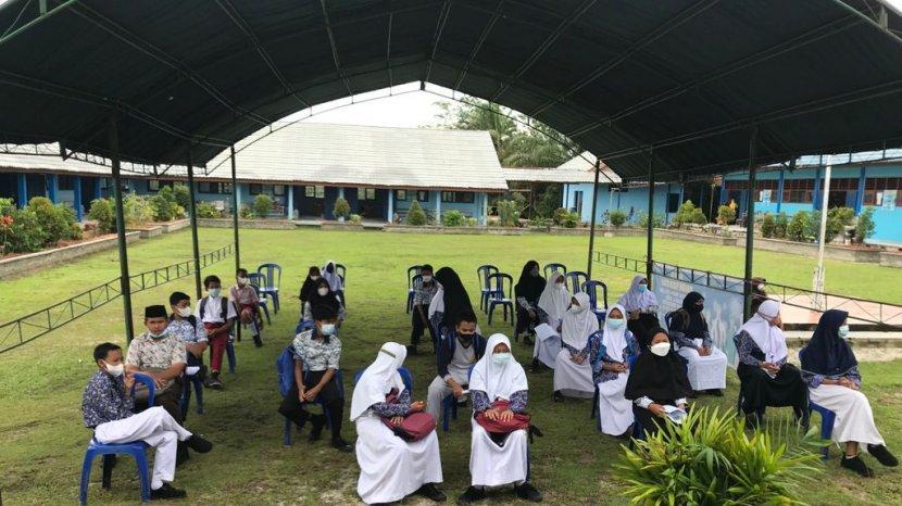 situasi-vaksinasi-kepada-pelajar-di-ppu.jpg