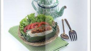 Cara Bikin Nasi Bakar Isi Sambal Goreng Super Enak, Sajian Utama Makan Siang di Akhir Pekan
