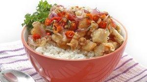 Resep Fish Rice Bowl Sambal Matah, Menu Makan Siang yang Enggak Bakalan Bikin Kecewa