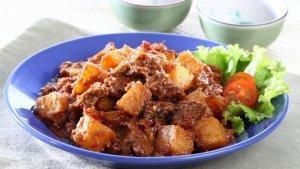 Resep Tetelan Bumbu Petis Enak, Menu Makan Siang yang Bikin Kita Rela Gagal Diet