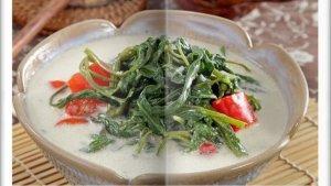 Cara Bikin Sayur Kangkung Santan Super Enak, Kreasi Menu Makan Siang untuk Keluarga di Hari Libur