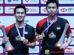 ahsanhendra-jadi-cover-majalah-badminton-korea-begini-gaya-the-daddies-malaysia-juga-apresiasi.jpg