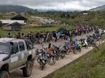 antrean-bbm-warga-krayan-di-apms-krayan-induk-kabupaten-nunukan.jpg