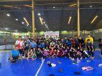 atlet-dan-pelatih-handball-melakukan-sesi-foto-bersama-usai-latihan.jpg