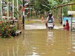 banjir-menggenangi-daerah-bulu-perindu-tanjung-selor-akibat-naiknya-permukaan-air-sungai-kayan.jpg