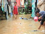 banjir-samarinda-jalan-sendawar_20180322_133031.jpg