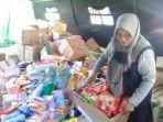bantuan-logistik-bagi-pengungsi-kebakaran-pasar-lingkas-batu.jpg