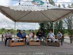 bupati-malinau-topan-amrullah-menghadiri-kegiatan-coffee-morning-bersama-calon-kepala-desa-malina.jpg