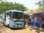 bus-transjakarta_20180902_105703.jpg