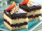 cake-cokelat-pisang-karamel.jpg
