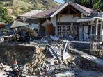 catatan-korban-gempa-lombok-105-tewas-236-orang-luka-luka_20180807_180052.jpg