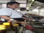 chef-edi-restoran-apong_20160323_162120.jpg