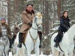 di-tengah-rumor-meninggal-dunia-pemimpin-korea-utara-kim-jong-un-dikabarkan-jalan-jalan-di-wonsan.jpg