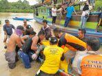 evakuasi-jasad-korban-tenggelam-di-sungai-damit.jpg