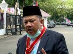 fahri-hamzah-terima-penghargaan-dari-presiden-jokowi-13082020.jpg