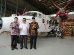 gubernur-kaltara-irianto-lambrie-berfoto-di-markas-pt-dirgantara-indonesia.jpg