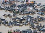 hujan-deras-dan-banjir-di-jepang-akibatkan-lebih-200-orang-tewas_20180715_215544.jpg