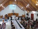 ibadah-perjamuan-kudus-di-hari-jumat-agung-bertempat-di-gereja-gpib-marantha-tanjung-selor.jpg
