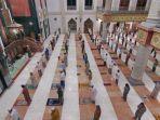 ilustrasi-salat-berjamaah-yang-diadakan-di-masjid-at-taqwa-balikpapan.jpg