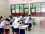 ilustrasi-siswa-siswi-mengikuti-kegiatan-pembelajaran-tatap-muka-ptm.jpg