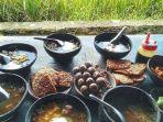 instagramkulinerjogya-soto-bathok-mbah-katro-tempat-makanan-favorit-di-jogja.jpg