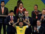 kapten-brasil-dani-alves_1.jpg