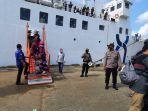 kedatangan-kapal-km-prince-soya-adalah-kapal-terakhir-yang-tiba-di-pelabuhan-samarinda-kaltim.jpg