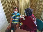 kegiatan-vaksinasi-lansia-di-puskesmas-kelurahan-gunung-lingkas-rabu-2142021.jpg