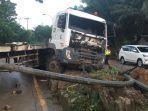 kondisi-truk-trailer-di-kukar-usai-mengalami-kecelakaan.jpg