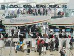 konter-check-in-bandara-sams_20170602_103009.jpg