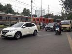 lalu-lintas-menuju-stasiun-palmerah_20180515_172925.jpg