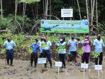 lanud-dhomber-tanam-mangrove.jpg
