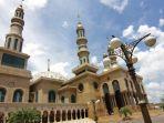 masjid-di-jalan-selamet-riyadi.jpg