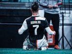 megabintang-juventus-cristiano-ronaldo-membuat-kesalahan-di-laga-melawan-sampdoria.jpg