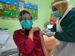 menggelar-vaksinasi-bagi-tenaga-medis.jpg
