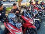 para-bikers-dari-beberapa-komunitas-motor-honda.jpg