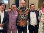 para-juri-indonesian-idol-2021-berpose-dengan-ahmad-dhani.jpg