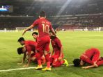 para-pemain-timnas-u19-indonesia-merayakan-gol-witan-sulaeman_20181024_222107.jpg