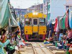 pasar-maut-thailand-livingnomadscom.jpg