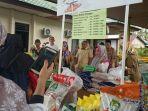 pasar-murah-oleh-disperindagkop-ukm-ppu-digelar-di-halaman-dinas-sosial-kabupaten-ppu.jpg