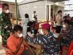 pelaksanaan-vaksinasi-di-kelurahan-selumit-pantai-senin-1392021.jpg