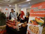 pelaku-umkm-yang-mengikuti-karnaval-bisnis-perdagangan-indonesia-malaysia.jpg