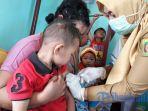 pemberian-vaksin-difteri_20180116_135725.jpg